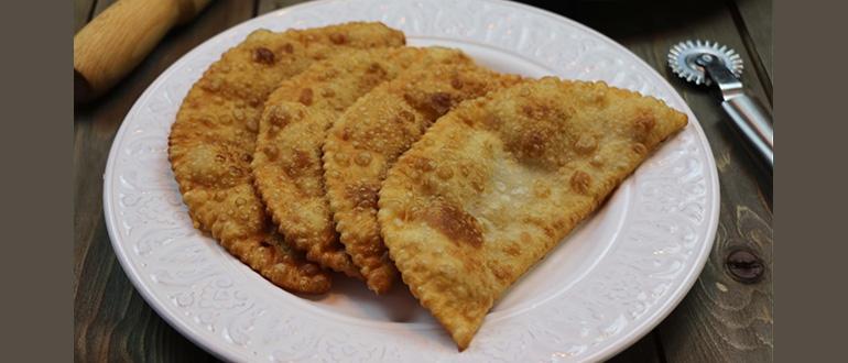 Вкусное хрустящее тесто для чебуреков