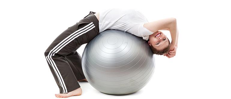 Упражнения для похудения с мячом для фитнеса